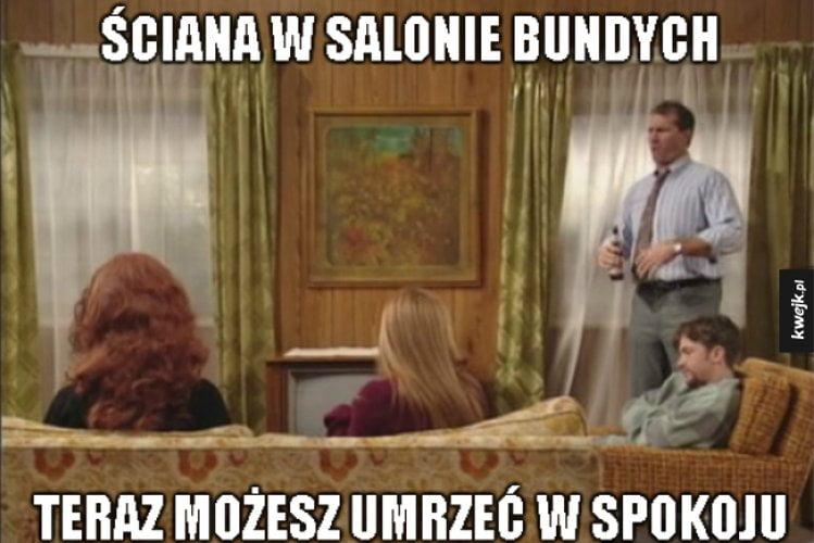 Jak wyglądała ściana w salonie Bundych?
