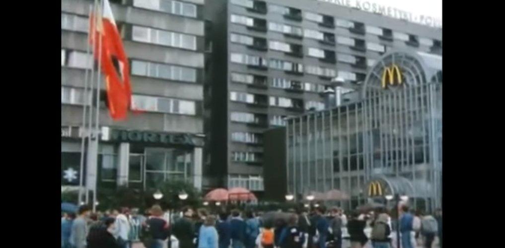 Otwarcie pierwszego McDonalds'a w Polsce - 1992 rok